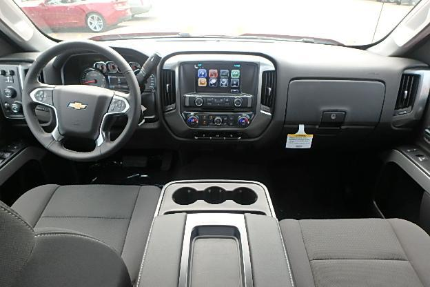 2018 Silverado 2500 Crew Cab 4x4 Pickup #13298 - photo 6