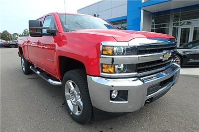 2018 Silverado 2500 Crew Cab 4x4 Pickup #13298 - photo 7