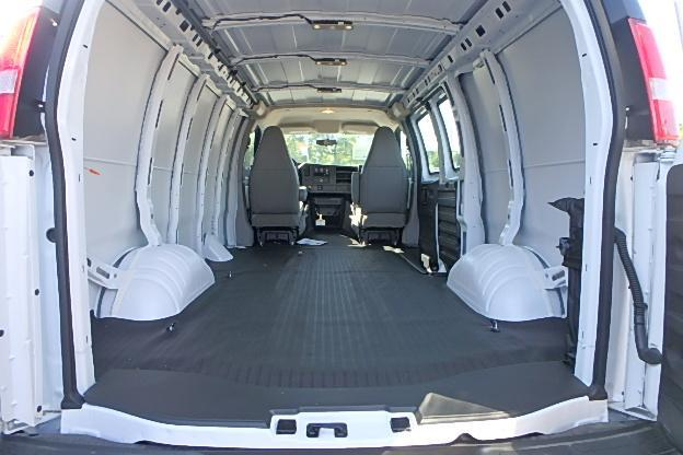 2017 Express 2500 Cargo Van #13339 - photo 2