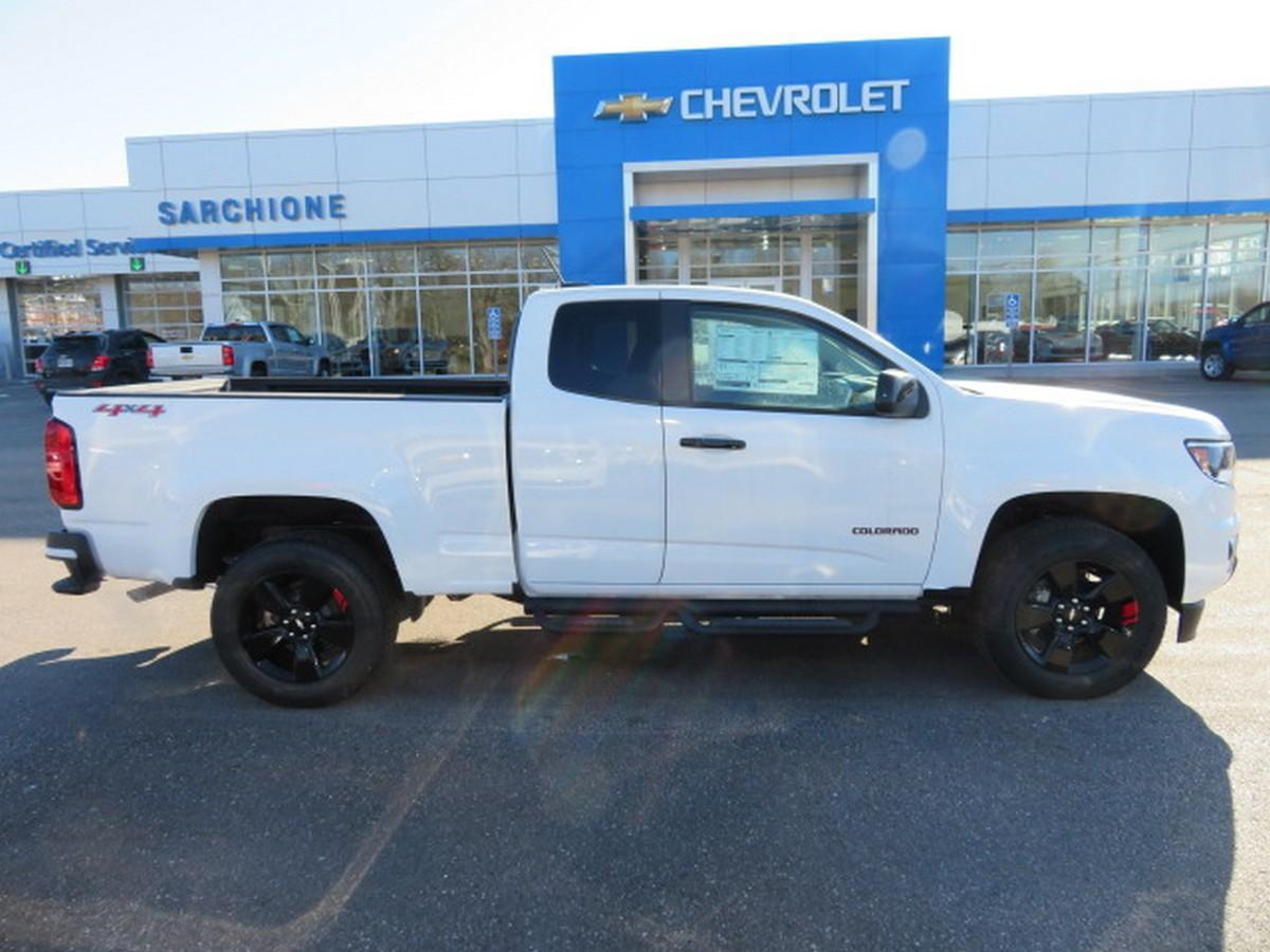 2018 Colorado Extended Cab 4x4,  Pickup #13637 - photo 1
