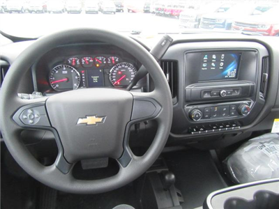 2018 Silverado 3500 Regular Cab DRW 4x4, Cab Chassis #13991 - photo 15