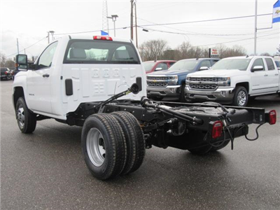 2018 Silverado 3500 Regular Cab DRW 4x4, Cab Chassis #13991 - photo 8