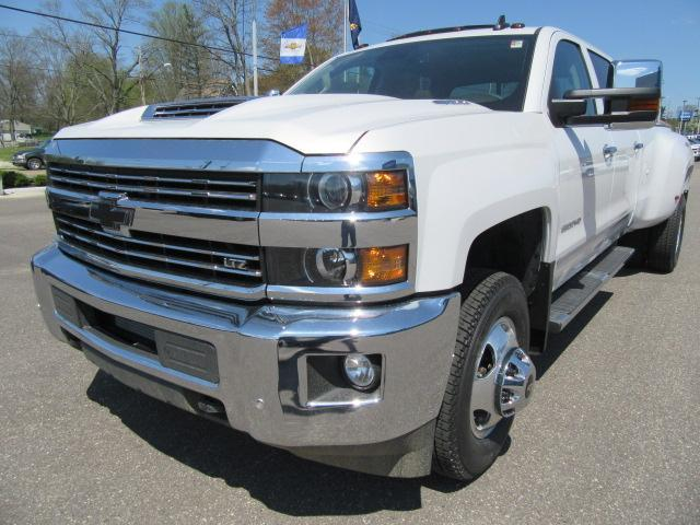 2018 Silverado 3500 Crew Cab 4x4,  Pickup #14411 - photo 22