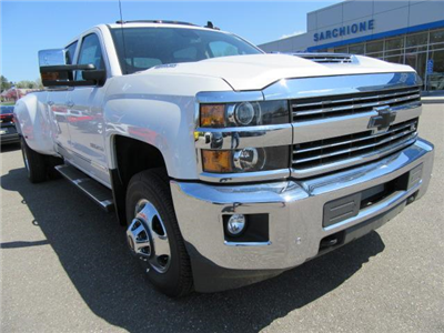 2018 Silverado 3500 Crew Cab 4x4,  Pickup #14411 - photo 20