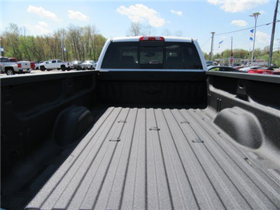 2018 Silverado 3500 Crew Cab 4x4,  Pickup #14411 - photo 26