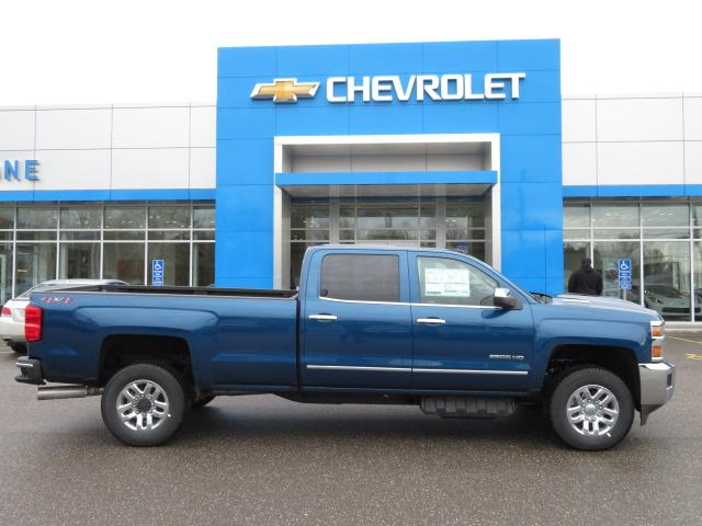 2018 Silverado 2500 Crew Cab 4x4, Pickup #14423 - photo 3