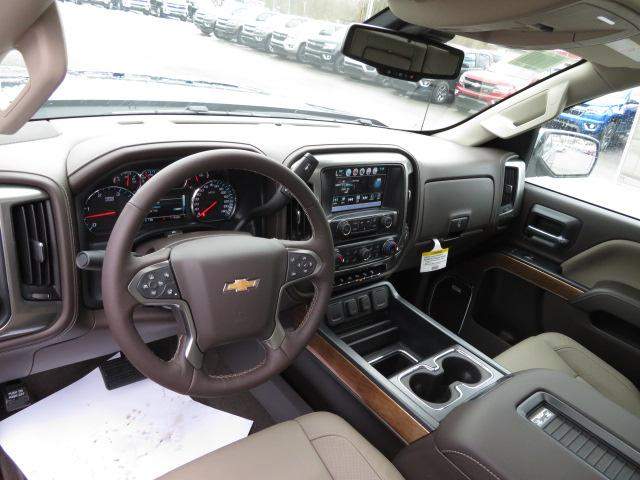 2018 Silverado 2500 Crew Cab 4x4, Pickup #14423 - photo 20