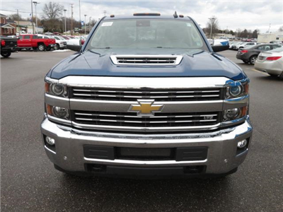 2018 Silverado 2500 Crew Cab 4x4, Pickup #14423 - photo 11