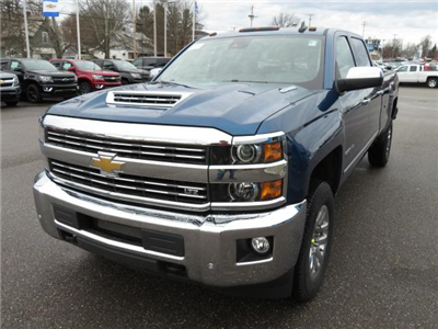 2018 Silverado 2500 Crew Cab 4x4, Pickup #14423 - photo 12