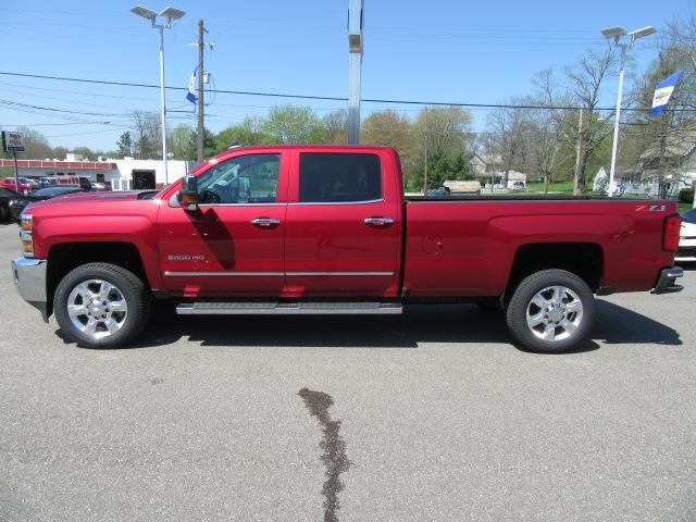 2018 Silverado 2500 Crew Cab 4x4, Pickup #14473 - photo 23