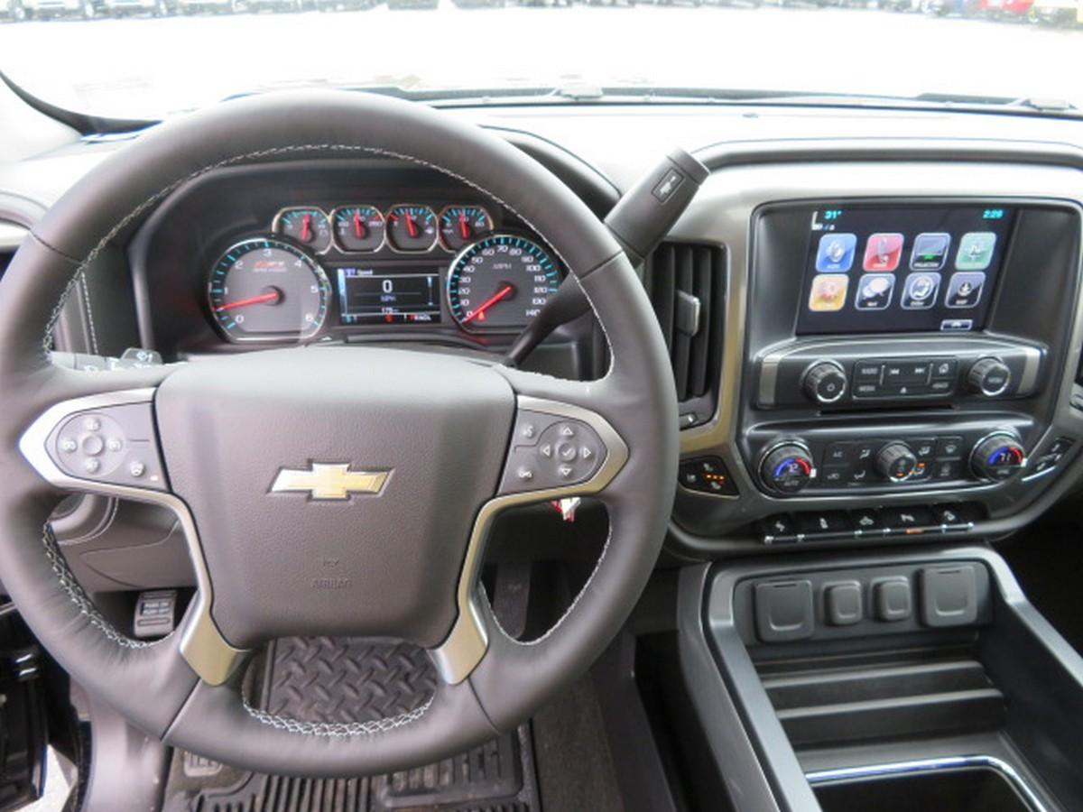 2018 Silverado 1500 Crew Cab 4x4,  Pickup #15019 - photo 20