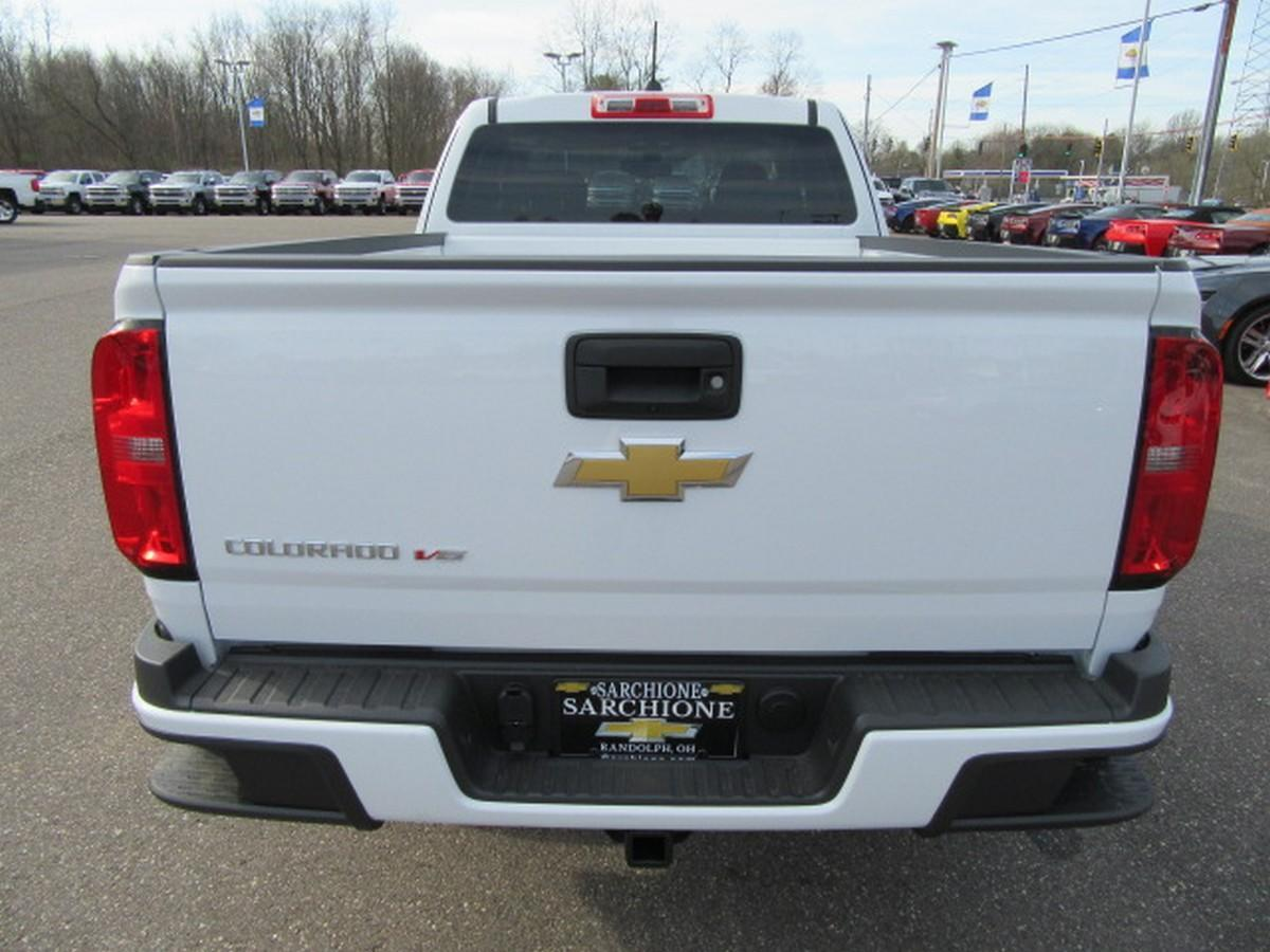2018 Colorado Extended Cab 4x4,  Pickup #15047 - photo 11