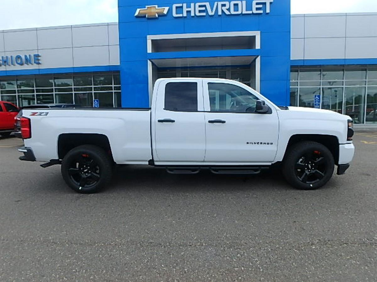 2018 Silverado 1500 Double Cab 4x4,  Pickup #15378 - photo 1