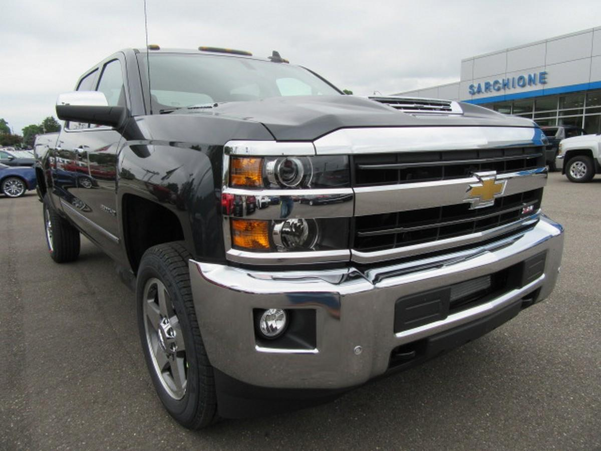 2018 Silverado 2500 Crew Cab 4x4,  Pickup #15493 - photo 9