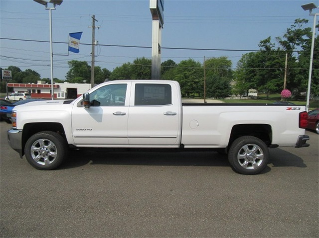 2019 Silverado 2500 Crew Cab 4x4,  Pickup #16133 - photo 14