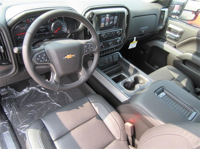 2019 Silverado 2500 Crew Cab 4x4,  Pickup #16133 - photo 22