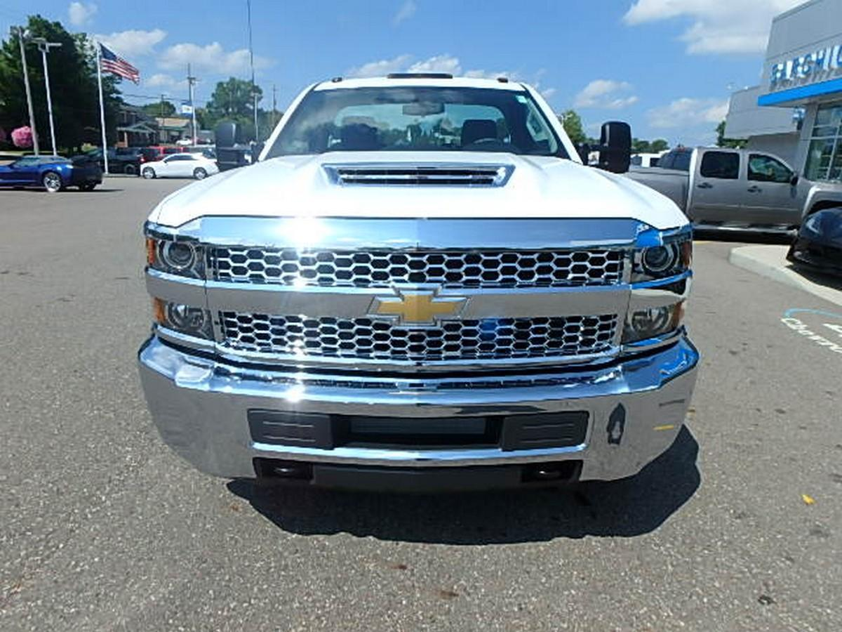 2019 Silverado 3500 Regular Cab DRW 4x4,  Cab Chassis #16230 - photo 5