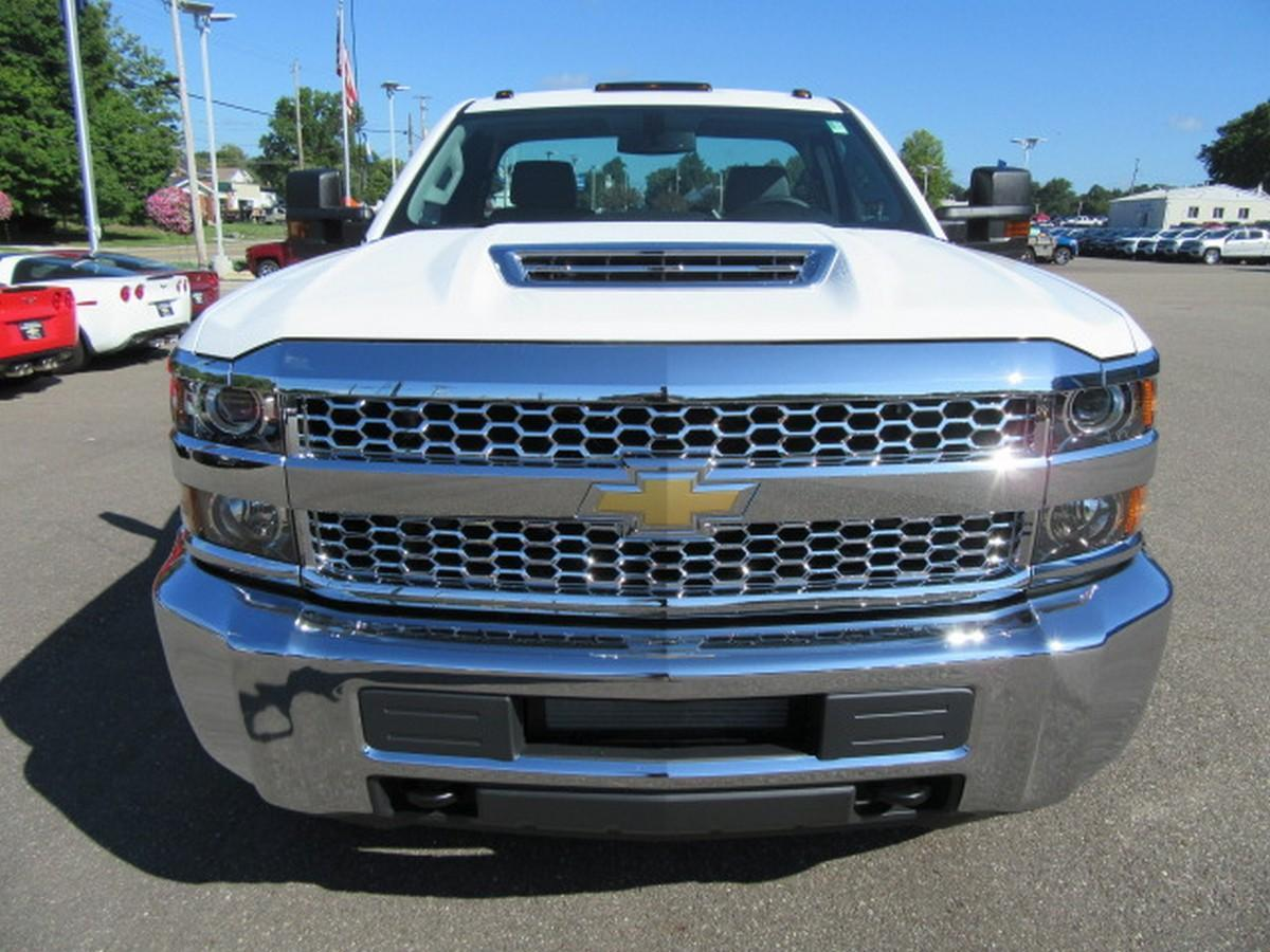 2019 Silverado 3500 Regular Cab DRW 4x2,  Cab Chassis #16319 - photo 5