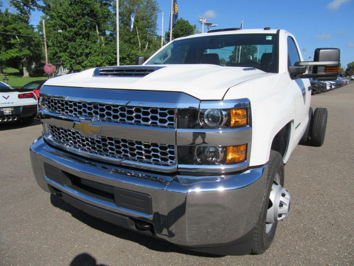 2019 Silverado 3500 Regular Cab DRW 4x2,  Cab Chassis #16319 - photo 6