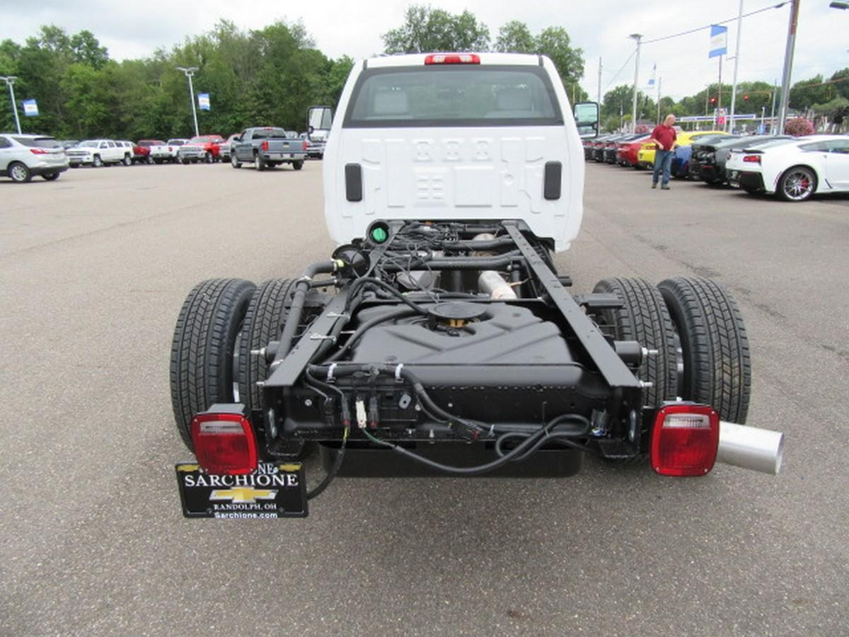2019 Silverado 3500 Regular Cab DRW 4x2,  Cab Chassis #16337 - photo 9