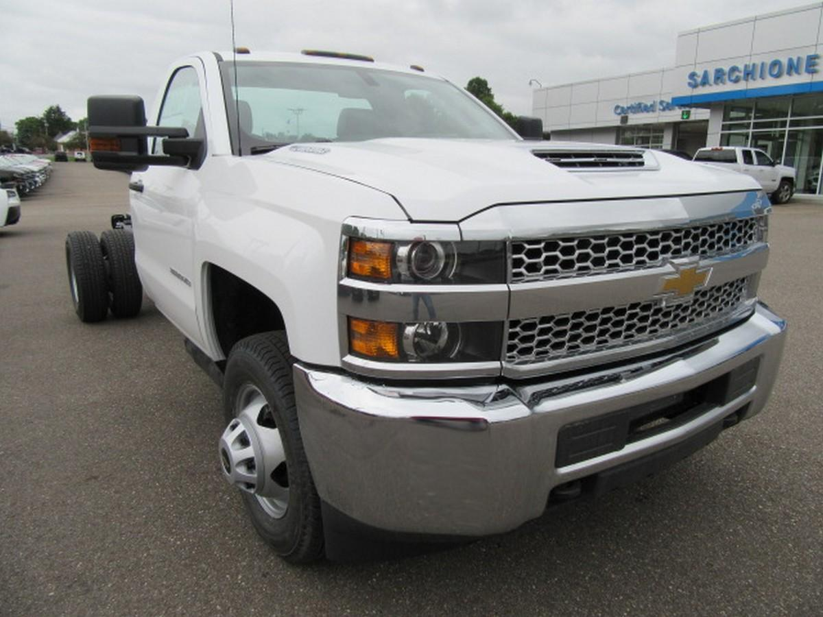 2019 Silverado 3500 Regular Cab DRW 4x2,  Cab Chassis #16355 - photo 3