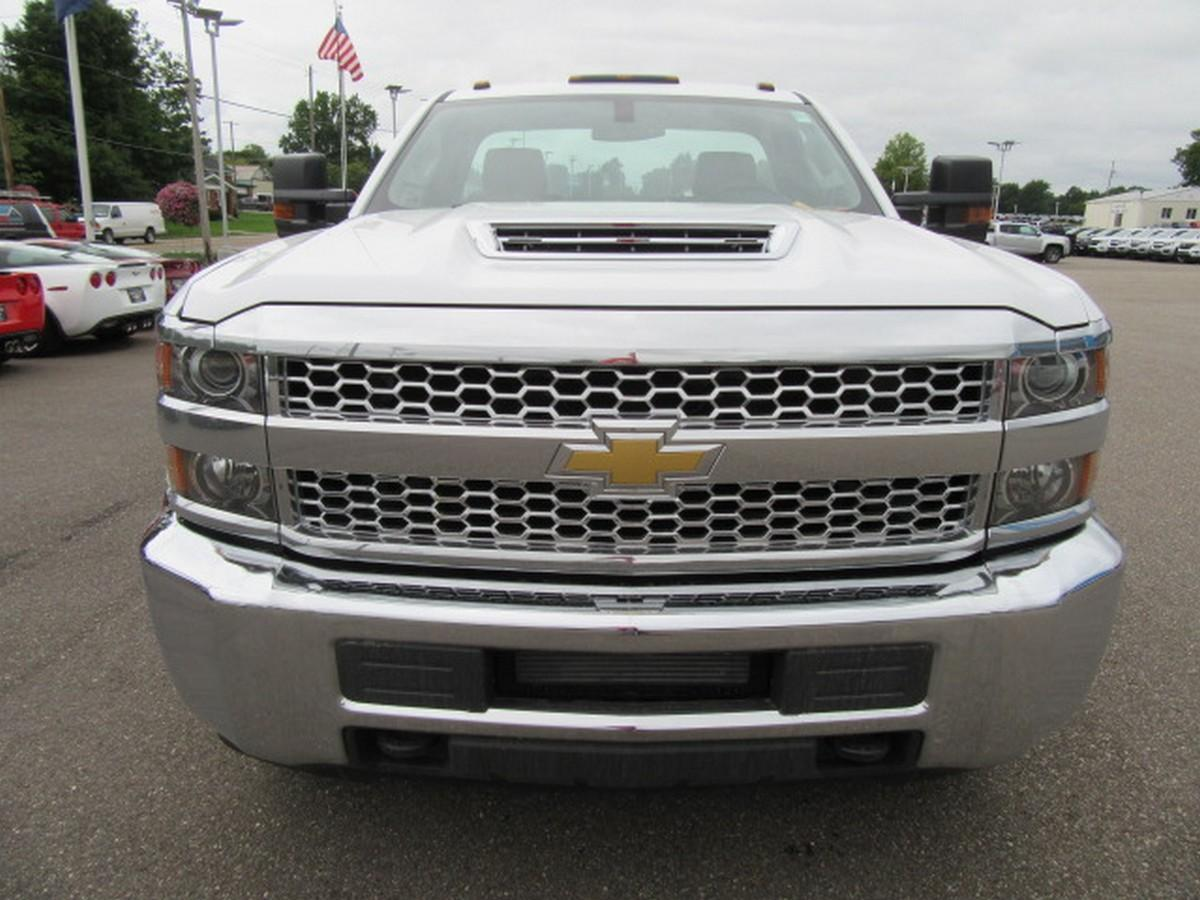 2019 Silverado 3500 Regular Cab DRW 4x2,  Cab Chassis #16355 - photo 4