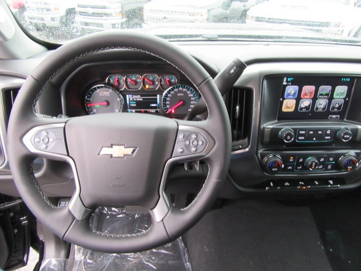 2019 Silverado 2500 Crew Cab 4x4,  Pickup #16381 - photo 17