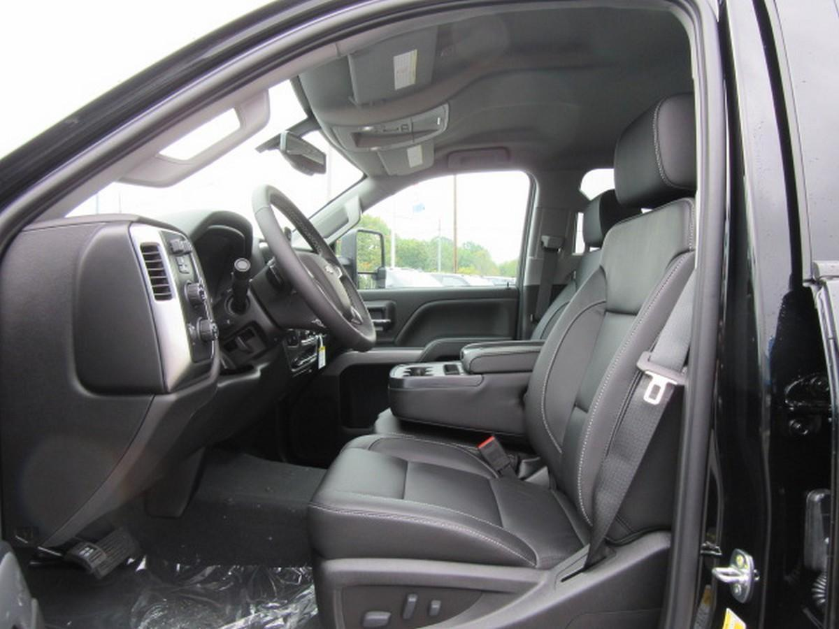 2019 Silverado 2500 Crew Cab 4x4,  Pickup #16508 - photo 3