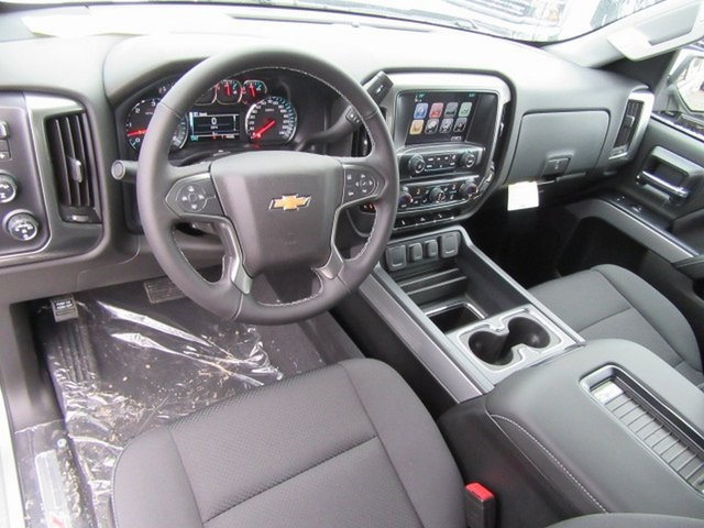 2018 Silverado 1500 Crew Cab 4x4,  Pickup #17036 - photo 18