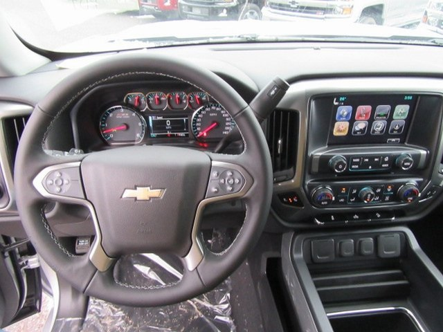 2018 Silverado 1500 Crew Cab 4x4,  Pickup #17036 - photo 19
