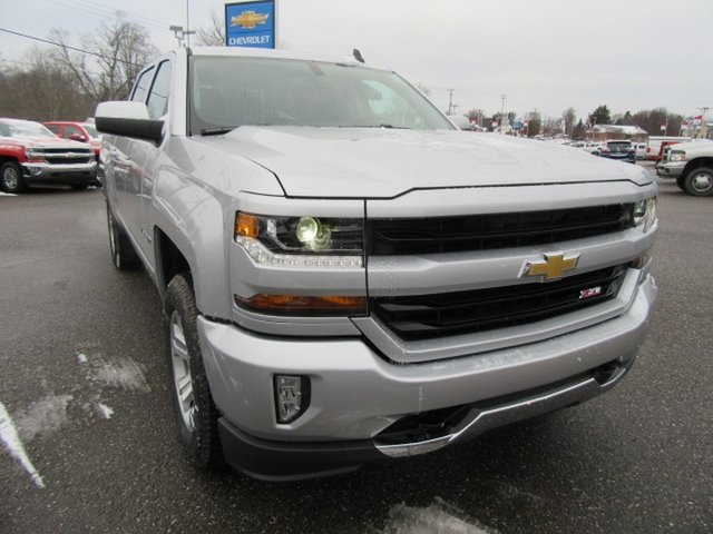 2018 Silverado 1500 Crew Cab 4x4,  Pickup #17036 - photo 8