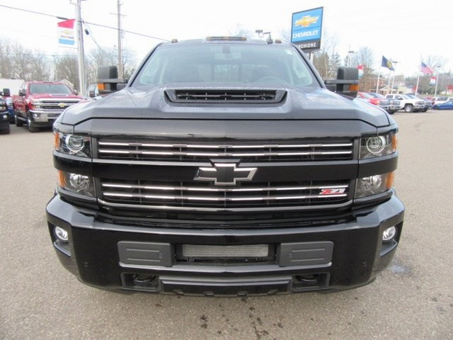 2019 Silverado 2500 Crew Cab 4x4,  Pickup #17318 - photo 11