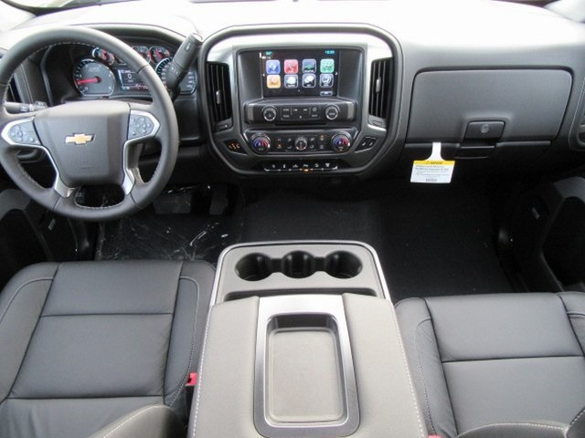 2019 Silverado 2500 Crew Cab 4x4,  Pickup #17318 - photo 9
