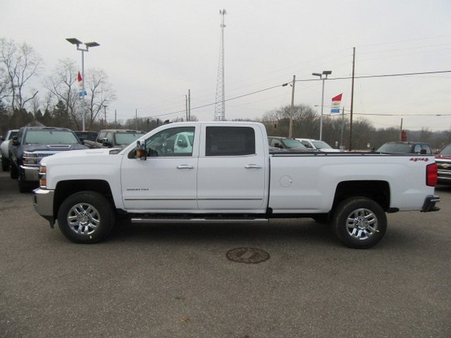 2019 Silverado 2500 Crew Cab 4x4,  Pickup #17319 - photo 13
