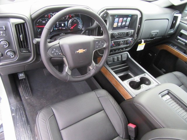 2019 Silverado 2500 Crew Cab 4x4,  Pickup #17319 - photo 21