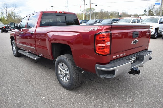 2019 Silverado 2500 Crew Cab 4x4,  Pickup #17366 - photo 14