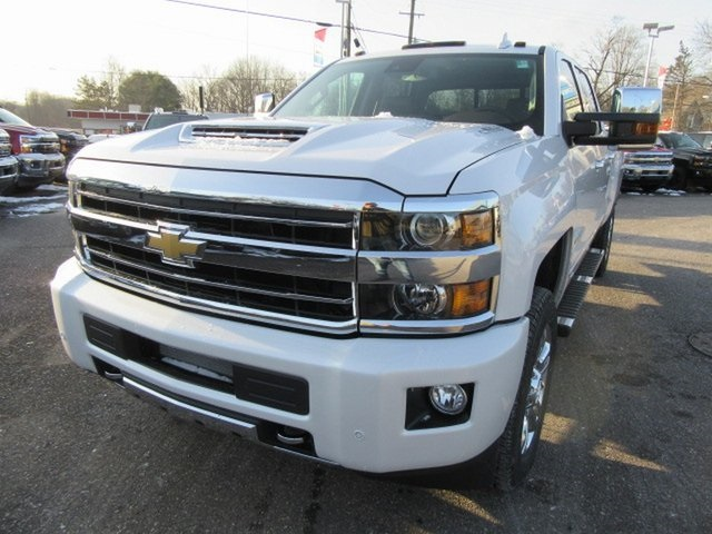 2019 Silverado 2500 Crew Cab 4x4,  Pickup #17368 - photo 13