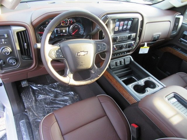 2019 Silverado 2500 Crew Cab 4x4,  Pickup #17368 - photo 22