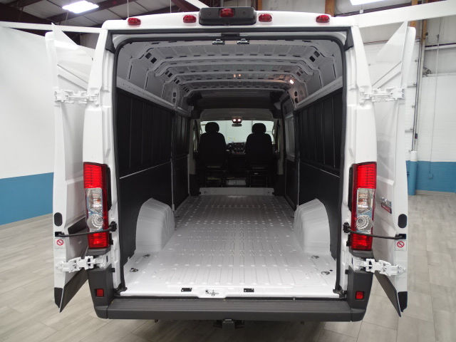2018 ProMaster 3500 High Roof 4x2,  Empty Cargo Van #B206305N - photo 2