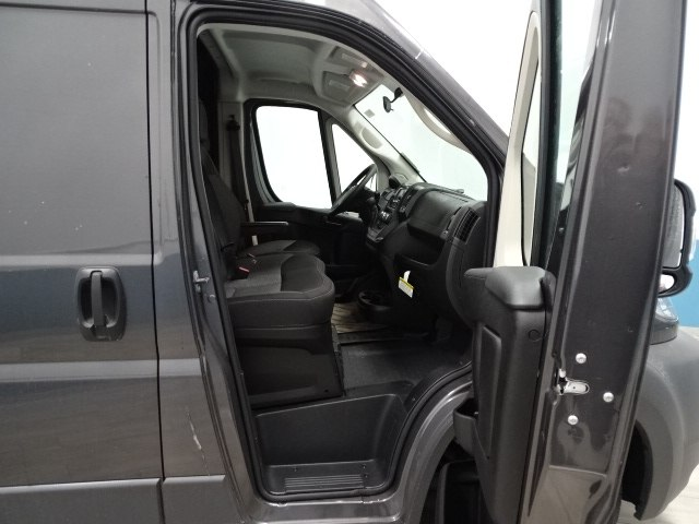 2018 ProMaster 2500 High Roof, Cargo Van #B206338N - photo 27
