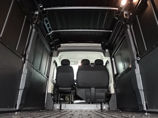 2018 ProMaster 2500 High Roof, Cargo Van #B206338N - photo 34