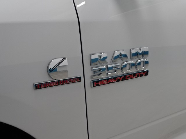 2018 Ram 3500 Regular Cab DRW 4x4,  Cab Chassis #B206369N - photo 12