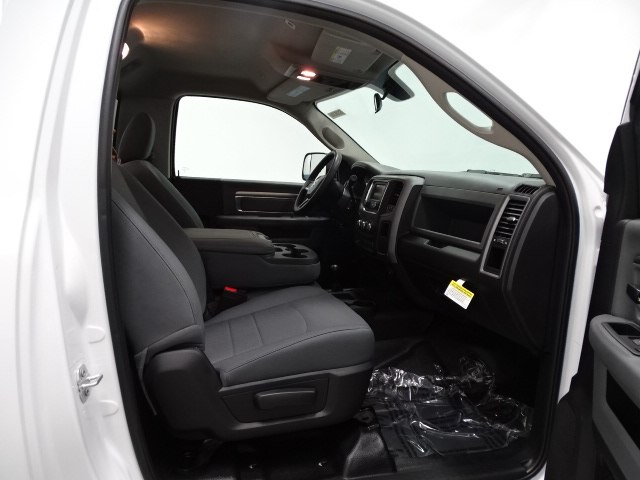 2018 Ram 3500 Regular Cab DRW 4x4,  Cab Chassis #B206369N - photo 29