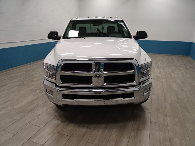 2018 Ram 3500 Regular Cab DRW 4x4,  Cab Chassis #B206369N - photo 5