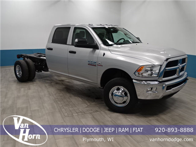 2018 Ram 3500 Crew Cab DRW 4x4, Cab Chassis #B206376N - photo 1