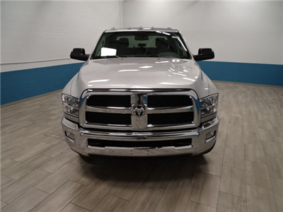 2018 Ram 3500 Crew Cab DRW 4x4, Cab Chassis #B206376N - photo 5