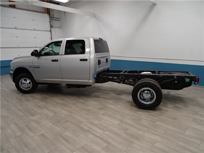2018 Ram 3500 Crew Cab DRW 4x4, Cab Chassis #B206376N - photo 7