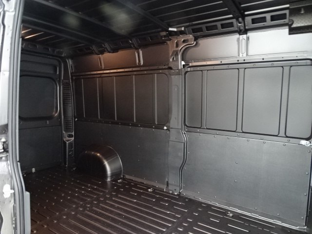 2018 ProMaster 2500 High Roof 4x2,  Empty Cargo Van #B206464N - photo 33