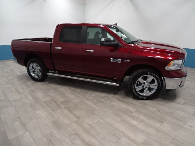 2018 Ram 1500 Crew Cab 4x4, Pickup #B206474N - photo 7