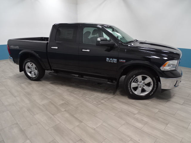 2018 Ram 1500 Crew Cab 4x4, Pickup #B206788N - photo 11